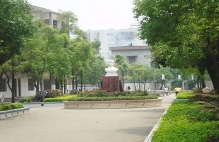 校yuanhuan境.jpg